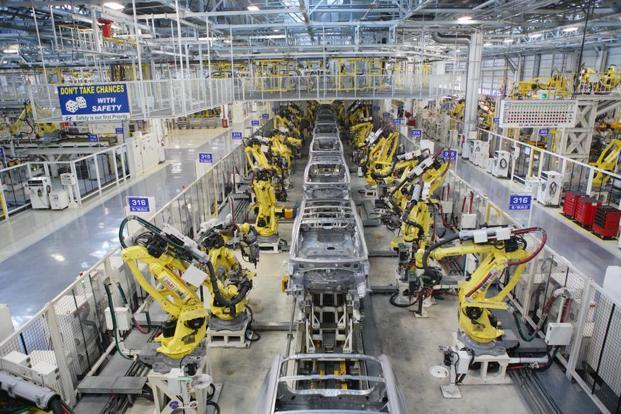 The Index of Industrial Production (IIP) has shown a bounce in August, with year-on-year growth at 2.7%, against a contraction in the previous two months. Photo: Mint